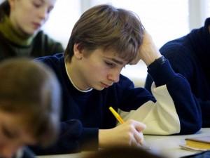 Дети пишут олимпиаду