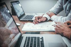 Использование различных CRM в бизнесе: плюсы и минусы